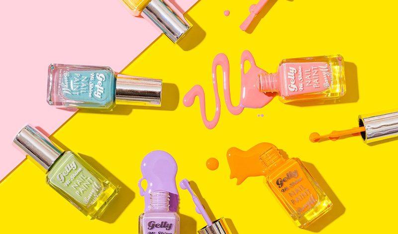 Ngại đi Salon dịp Tết? Tự làm ngay 7 mẫu nail đơn giản nhưng siêu đẹp này!