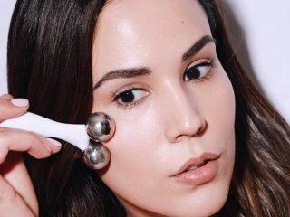 Dụng cụ massage mặt nào được các Beauty Blogger yêu thích mùa đầu năm?