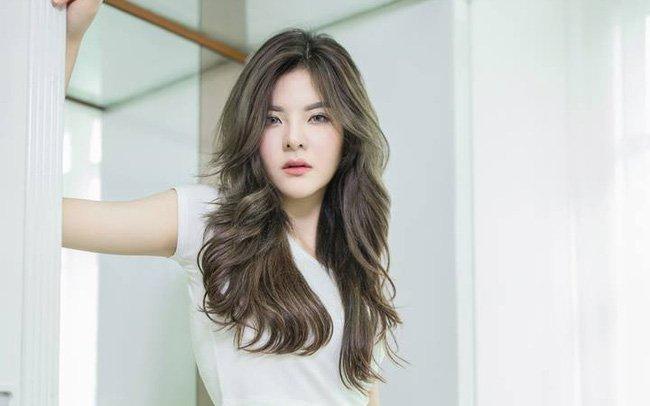 Top 8 kiểu tóc 2 mái nữ đẹp nhất 2021 mà bạn nhất định phải thử