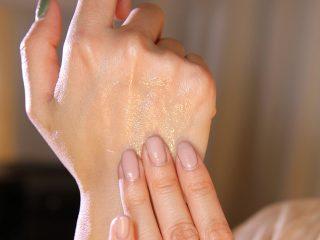 Body Oil hay Body lotion mới là tình yêu của bạn?
