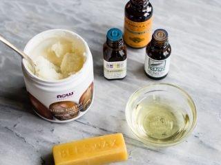 3 cách tự làm kem dưỡng ẩm cho da khô dễ như ăn bánh!