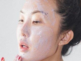 4 cách chọn sữa rửa mặt cho làn da nhạy cảm