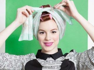 4 mẹo làm tóc xoăn tự nhiên không cần nhiệt cho mái tóc dễ hư tổn