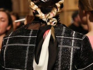 Tết tóc với khăn turban nay đã quay trở lại và lợi hại hơn xưa