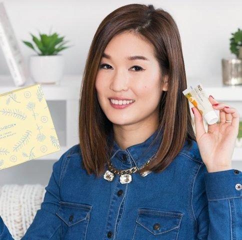 <span class='p-name'>Cùng Charlotte Cho dự đoán các trào lưu làm đẹp Hàn Quốc sẽ bùng nổ vào năm 2018</span>
