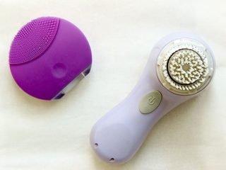 So sánh Clarisonic, Foreo Luna – 2 loại máy làm sạch da mặt đình đám nhất hiện nay