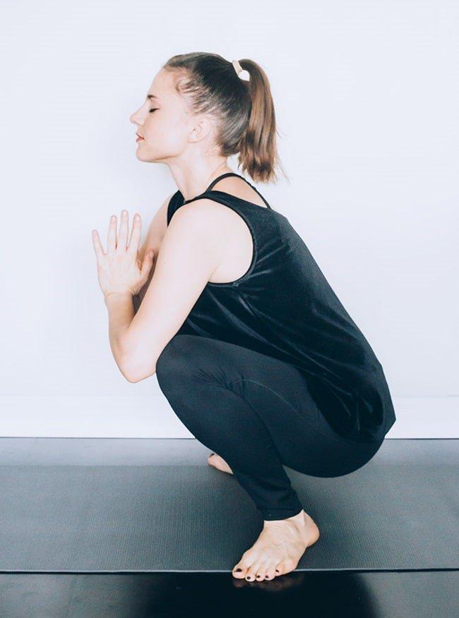 Cách Giảm Đau Bụng Kinh bằng cách tập yoga