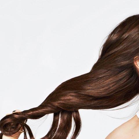 Dưỡng tóc dày hơn từ vitamin E, tưởng không dễ nhưng dễ không tưởng!