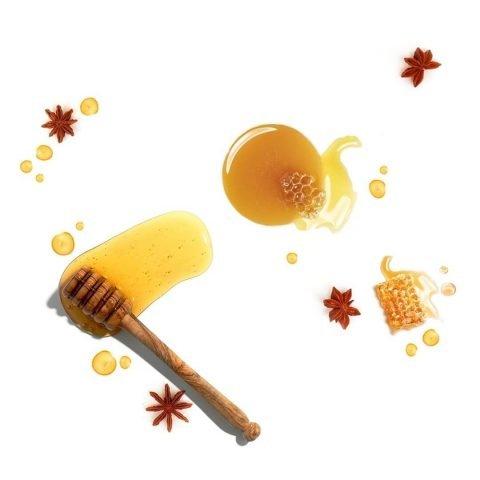 Dưỡng ẩm cho da nhờn với mật ong, không sợ lên mụn nhé!