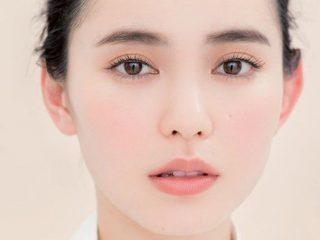 Makeup ton-sur-ton hẹn hò lễ tình nhân: màu san hô ngọt ngào