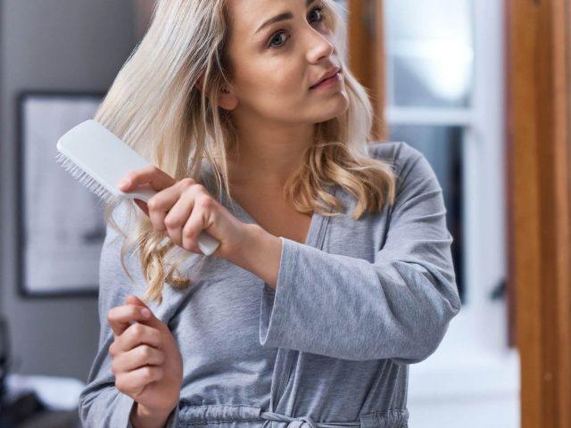 """""""Truy tìm"""" 6 nguyên nhân gây rụng tóc ở nữ giới"""