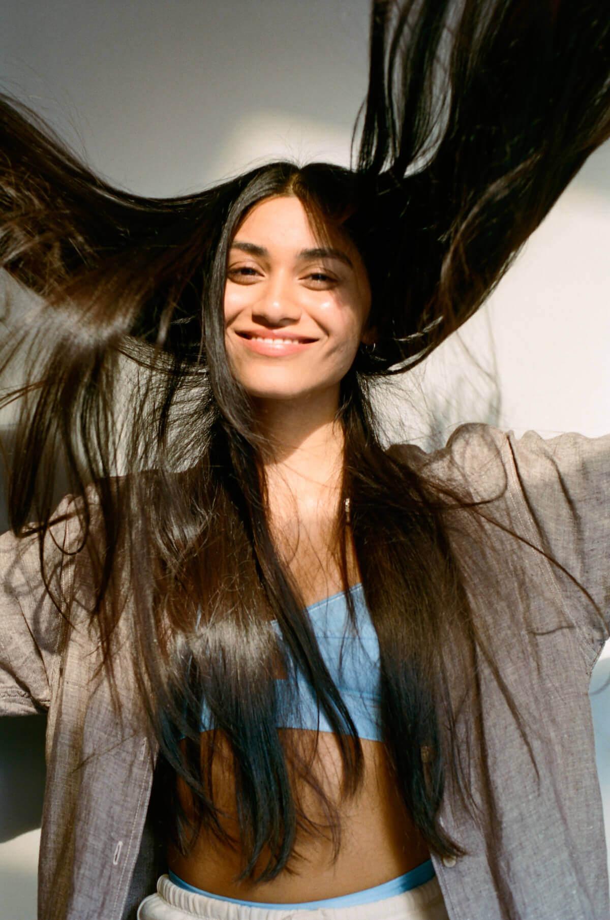 Hạn chế, kiểm soát căng thẳng để giảm tóc gãy rụng nhiều