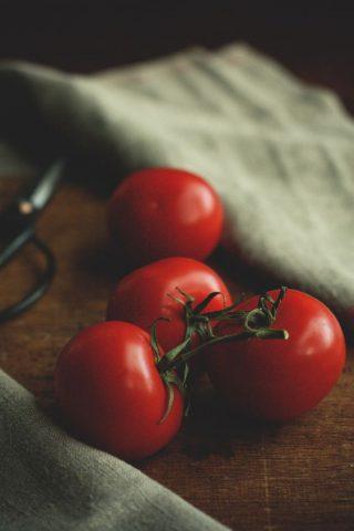 trắng da với cà chua