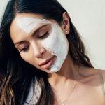 Muốn làm đẹp đơn giản? Check ngay cách làm đẹp da mặt bằng sữa chua này!