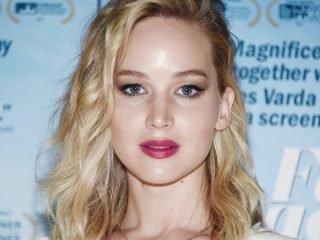 Cả sao Hollywood cũng không hề bỏ qua các kiểu tóc uốn đuôi ngang vai đang HOT này!