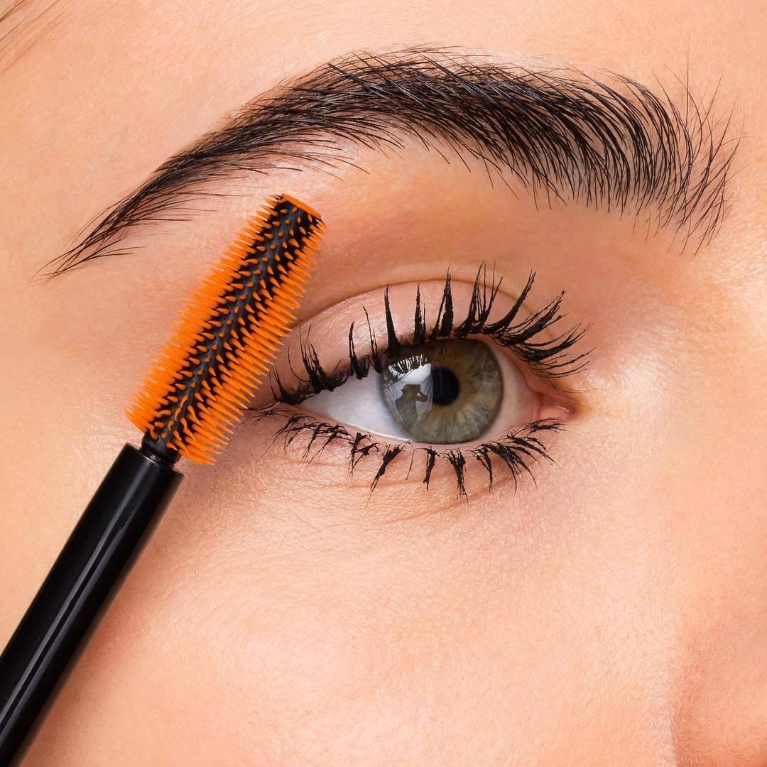 Sử dụng mascara có thể gây hại cho mi mắt? Bí ẩn ngàn năm đã có lời giải đáp!