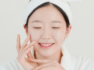 """Làn da tuổi teen liệu có cần các quy trình chăm sóc da """"hi-tech"""" ở spa"""