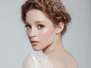 Điểm danh 4 kiểu tết tóc cô dâu cực xinh cho cho các nàng sắp lên xe bông