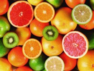 Thực ra vitamin C khác serum Vitamin C đấy!