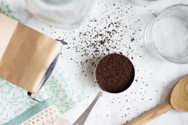 Nhuộm tóc màu nâu tây bằng cà phê