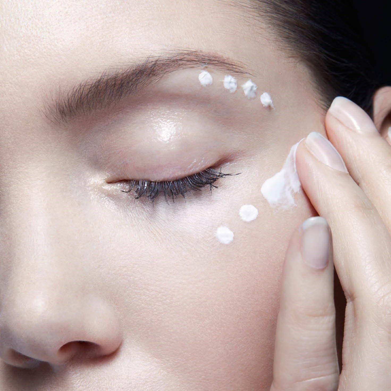 Top 5 loại kem mắt Nhật Bản vừa hiệu quả lại tiết kiệm dành tặng mẹ