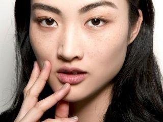 """Có bao nhiêu loại mụn có thể """"làm bạn"""" với da mặt và cách khắc phục từng loại"""