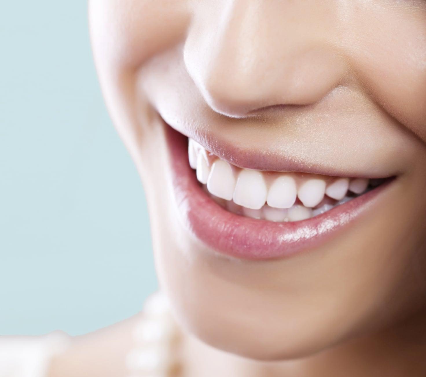 cách làm trắng răng bằng dâu