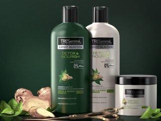 Mùa hè rồi, còn chờ gì mà không thử ngay quy trình detox tóc với bộ ba xả-ủ-dưỡng sau?