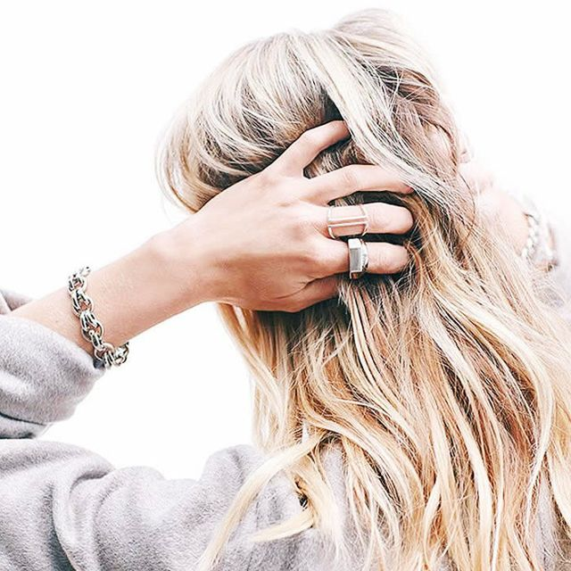Trước khi nhuộm tóc nâu vàng đẹp, đừng quên tẩy tóc bạn nhé