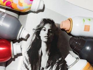 Sử dụng xịt dưỡng tóc nhất định không được bỏ qua 4 lưu ý sau!