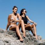 Chuyện đáng sợ gì sẽ xảy ra khi dùng kem chống nắng hằng ngày để đi biển?