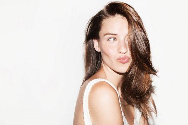4 cách làm mềm tóc cứng, cho tóc bóng mượt siêu hiệu quả