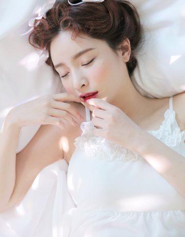 8 công thức làm trắng da toàn thân bằng yến mạch và dâu tằm hiệu quả đơn giản cho nàng