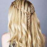 3 Cách tết tóc thác nước thịnh hành nhất hiện nay mà có thể bạn chưa biết!