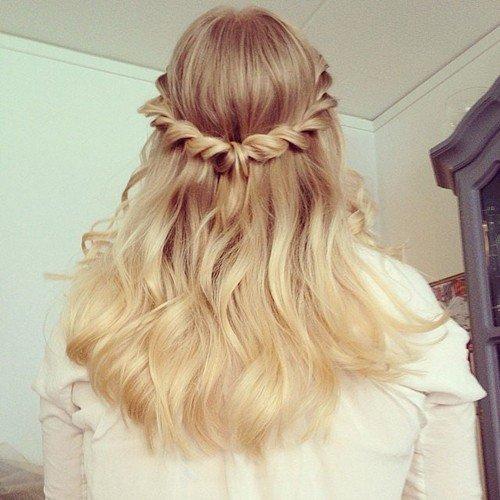 tóc uốn kết hợp thắt bím
