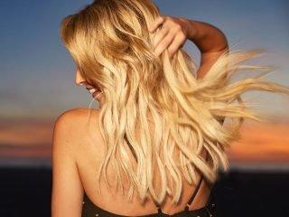4 lý do vì sao tóc uốn luôn xù rối không vào nếp?