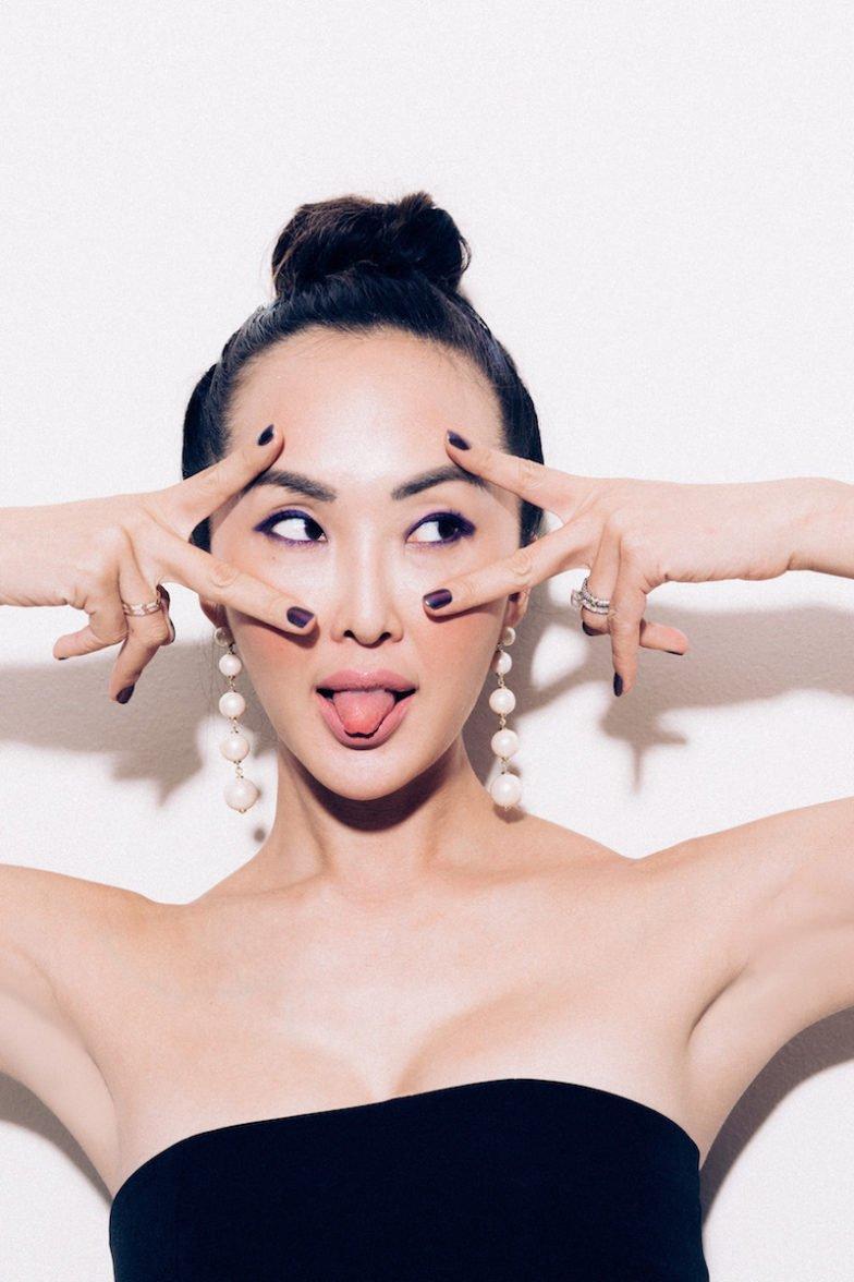 5 Mẹo kẻ mắt không trôi siêu xịn khi không có chì kẻ mắt không lem!