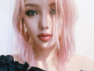Nhuộm tóc màu hồng thạch anh, màu tóc đẹp đang làm mưa làm gió