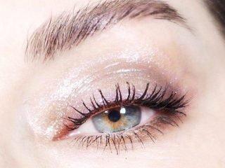 5 mẹo giúp việc makeup với kính áp tròng bớt khổ sở hơn