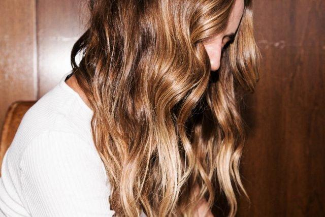 <span class='p-name'>Cùng xem 5 thói quen giúp tóc dài nhanh đến không ngờ!</span>