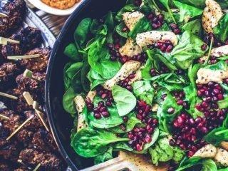 Bỏ túi 10 loại rau củ quả tốt cho sức khoẻ mà hội đẹp nên ăn hàng ngày!