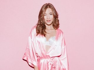 Dầu bóng tóc, bí kíp dưỡng tóc của dàn thiên thần của Victoria's Secret