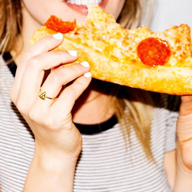 làm đẹp da mặt bằng cách ăn uống hợp lý