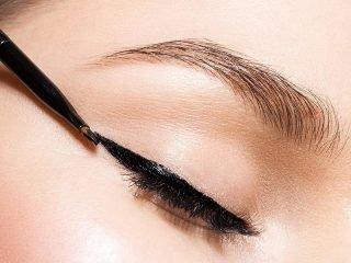 Review bút Kẻ Viền Mắt Không Lem – Strong Eyes Liner cho cô nàng cuồng makeup kiểu Nhật đây!