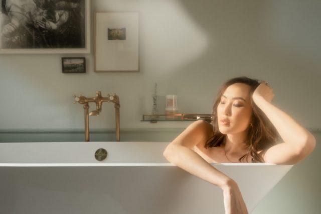 Gợi ý quà tặng ngày 20/10 sắp tới: trọn bộ dưỡng da và tóc cho vẻ ngoài của nàng thêm rạng rỡ, tự tin