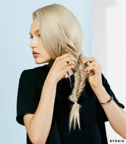 """4 kiểu tóc khi đi ngủ để có mái tóc xoăn sóng """"vi diệu"""" mỗi sáng"""