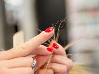 2 điều bạn cần biết về mái tóc chẻ ngọn của mình!