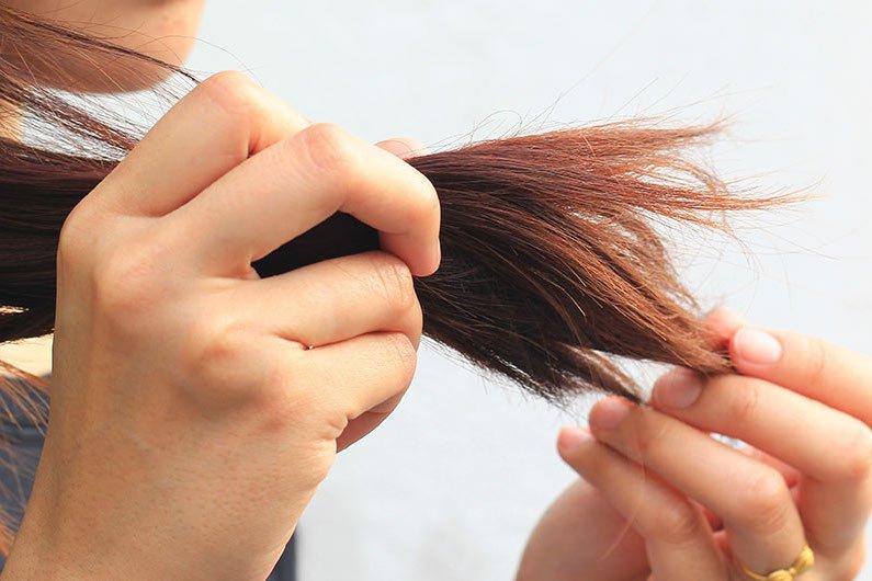 Image result for mật ong trị tóc chẻ ngọn