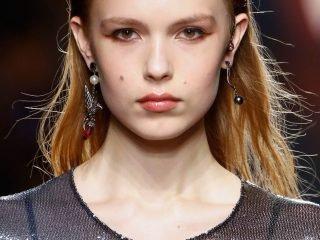 """Điểm danh 3 """"The Best Hair Trends"""" đến từ fashion show 2018"""