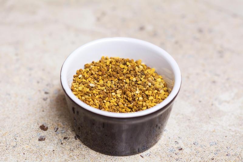 Công dụng của phấn hoa mật ong với làn da và sức khoẻ có thể bạn chưa biết!